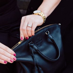 pink nails, opi can you spare a french quarter, tassel bag
